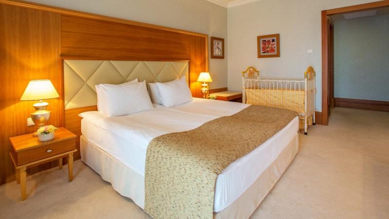 Риксос-Прикарпатье Фото - Номер полулюкс - Кровать.