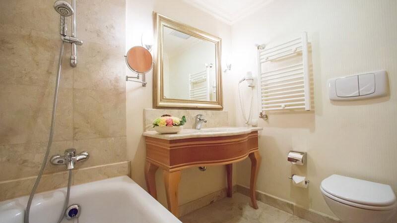 Риксос-Прикарпатье Фото - Номер улучшенный - зеркало.