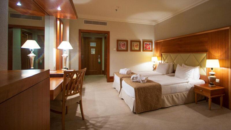 Риксос-Прикарпатье Фото - Номер улучшенный - в спальне.