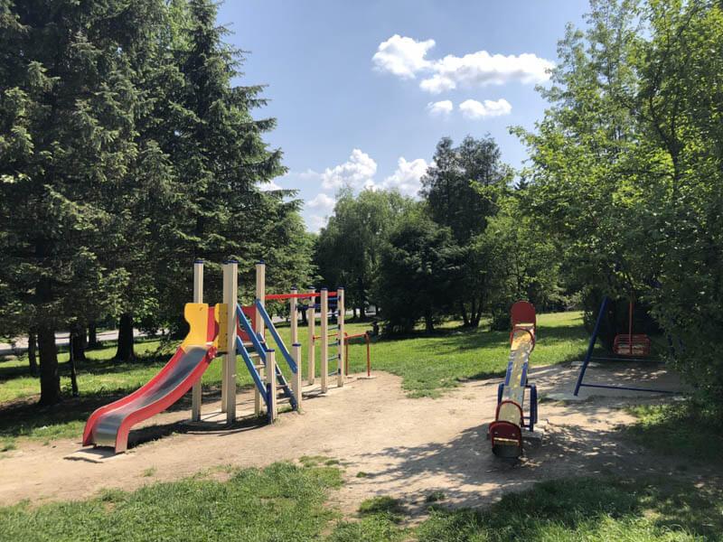 Санаторий Кристалл Трускавец Фото - детская Площадка.