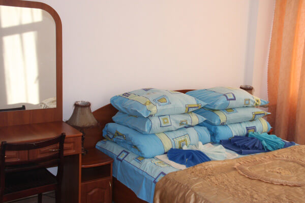 Санаторий Алмаз Трускавец Фото - Номер двухкомнатный улучшенный - Спальня.