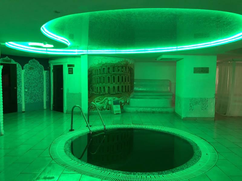 Санаторий Женева Трускавец Фото - Мини бассейн.