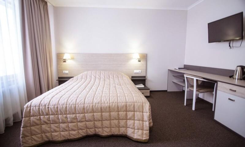 Санаторий Горная Тиса мини-отель - Кровать.