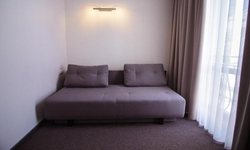 Санаторий Горная Тиса мини-отель - Диван.