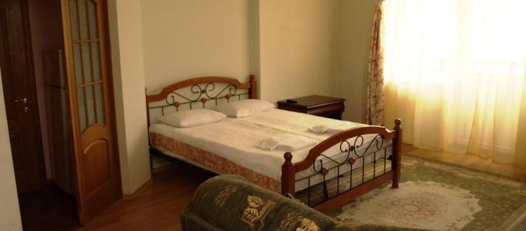 Санаторий Солнечный Номер люкс семейный - Кровать.