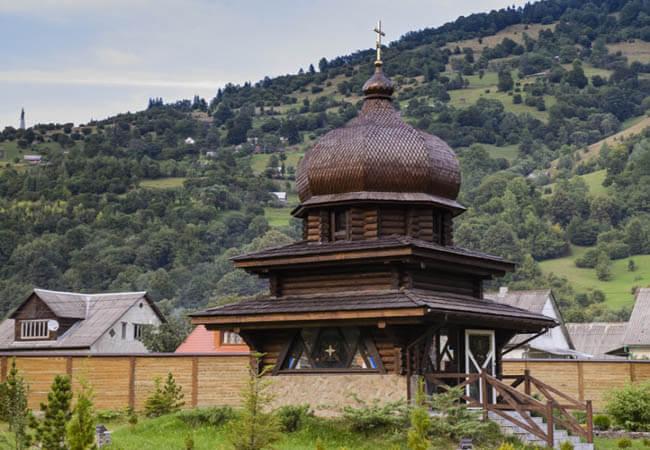 Санаторий Горная Тиса Фото - Церковь.