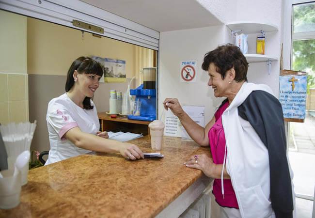 Санаторий Горная Тиса Фото - Мед ресепшн.