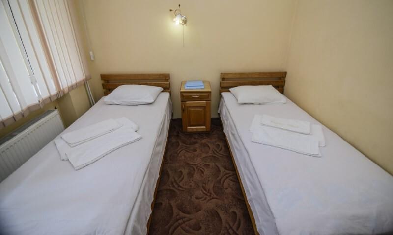 Санаторий Горная Тиса Номер - Двухкомнатный Семейный - две кровати.