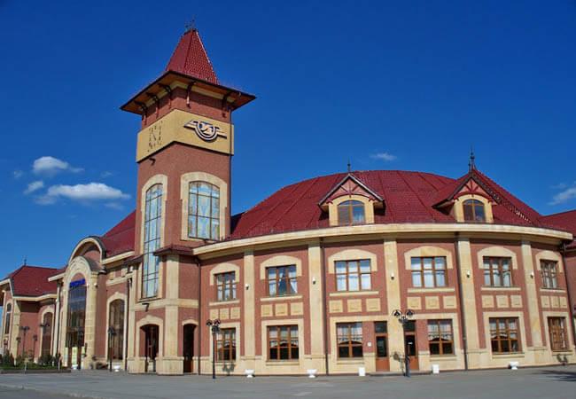 Вокзал в Ужгороде.