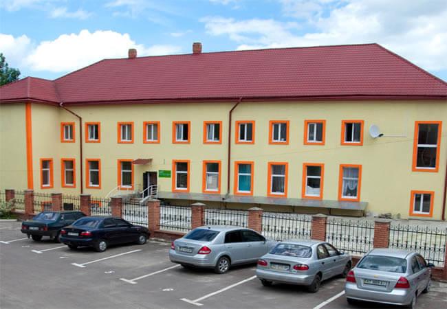 Мариот Медикал Центр Фото - Стоянка.