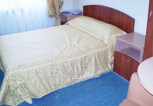 Отель Мариот Трускавец Номер - одноместный - Кровать.
