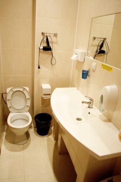 Отель Мальвы Номер 2-комнатный семейный - Санузел.
