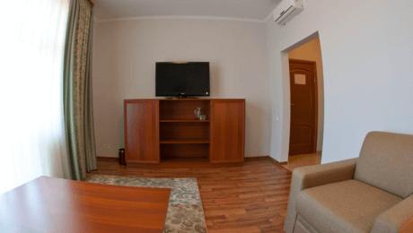 Отель РеВита Номер 2-комнатный люкс - Мебель.