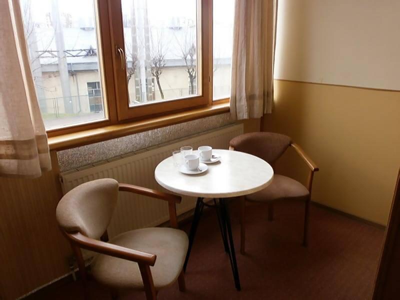 Отель Мальвы Номер 2-местный стандарт - Столик.