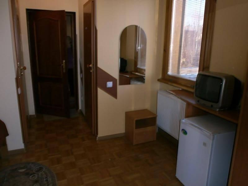 Отель Мальвы Номер 1-местный стандарт - Комплектация.