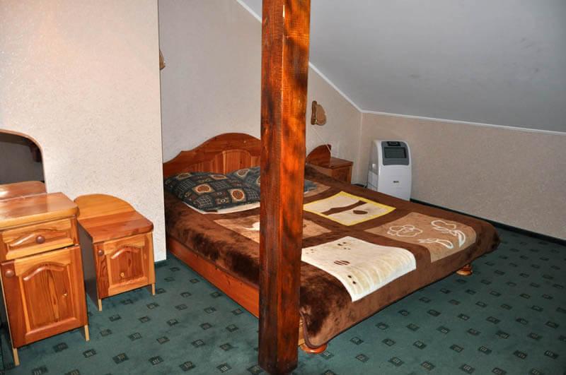 Ориана Трускавец Номер Люкс 3-комнатый - Спальня.