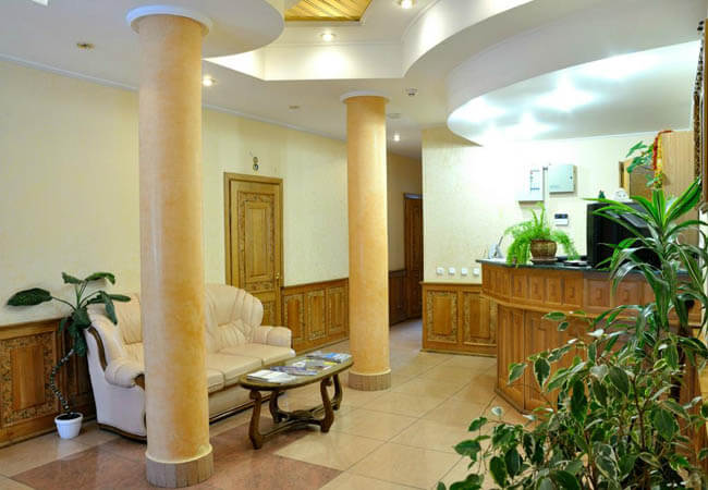 Отель Ориана Трускавец Фото - Reception.
