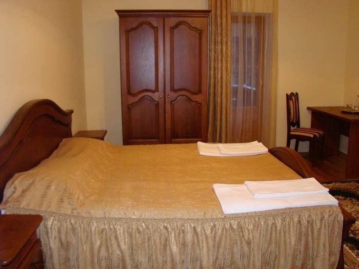 Отель парк - кровать