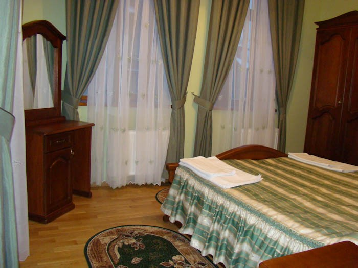 Отель Парк Трускавец Номер Люкс - Шторы.