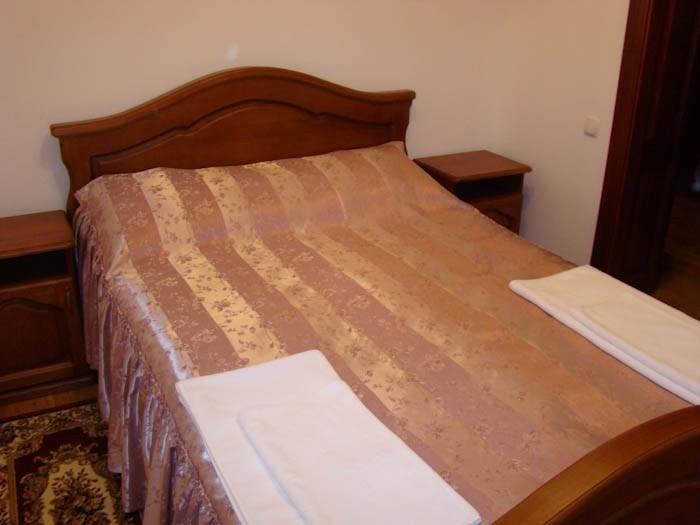 Отель Парк Трускавец Номер Полулюкс - Спальня.