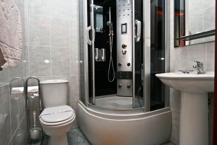 Отель Парк Трускавец Номер Полулюкс - Душ.