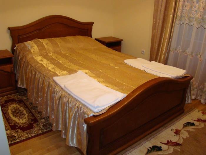 Отель Парк Трускавец Номер Стандарт - Кровать.
