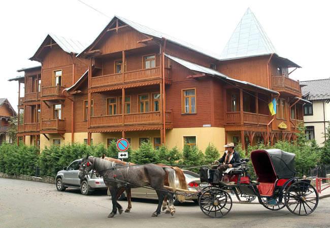 Отель Парк Трускавец Фото - Карета.