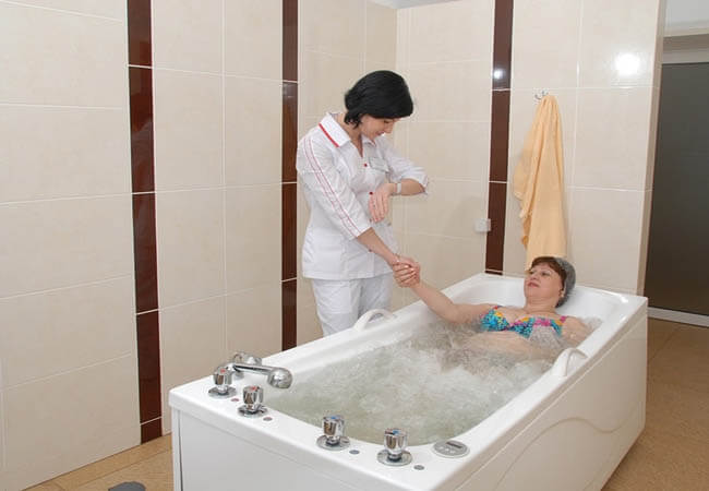 Санаторий Днестр Моршин Фото - лечебная ванна.