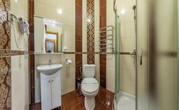 Золотая Корона Номер - люкс - туалет.