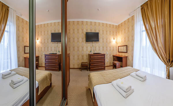 Золотая Корона Номер - standart double - Спальня.