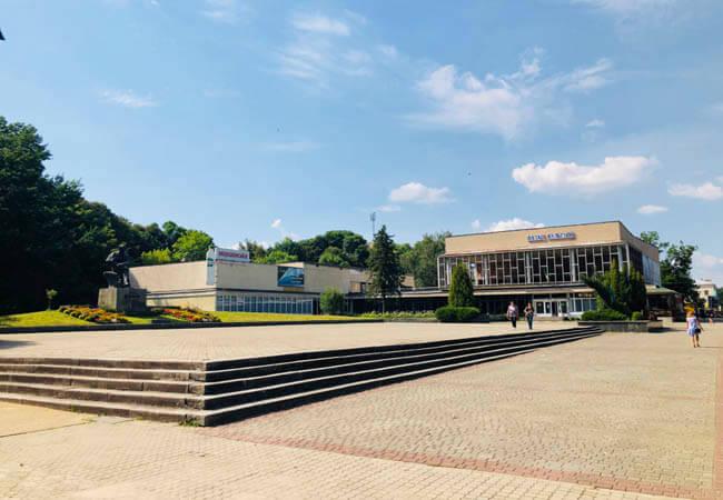Площадь в Моршине.