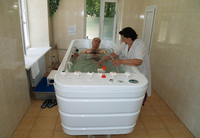 Санаторий Одесса Фото - лечебная ванна.