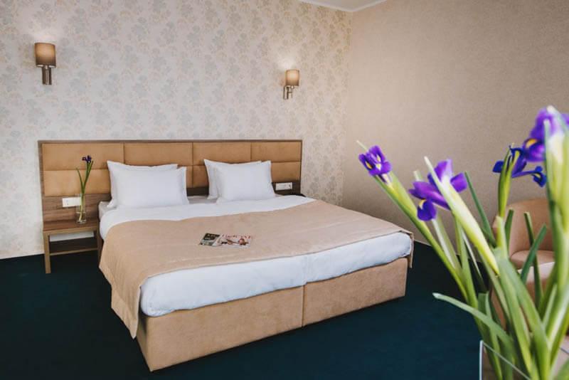 Отель Алькор Номер Люкс - Спальня.