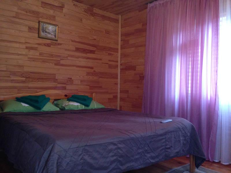 Коттедж двухместный (№5-9) - Кровать.