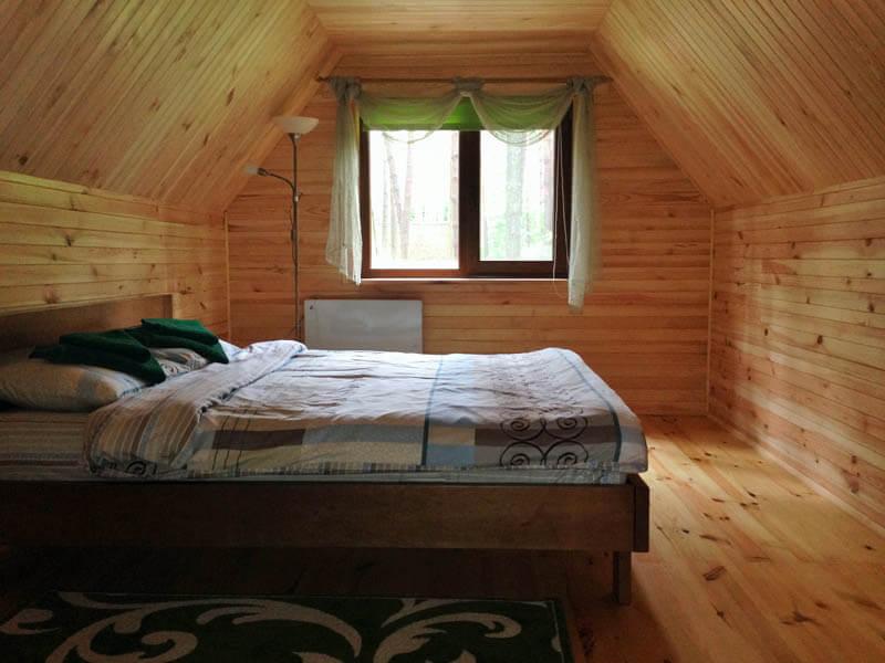 Коттедж двухместный (двухэтажный домик) - Кровать.