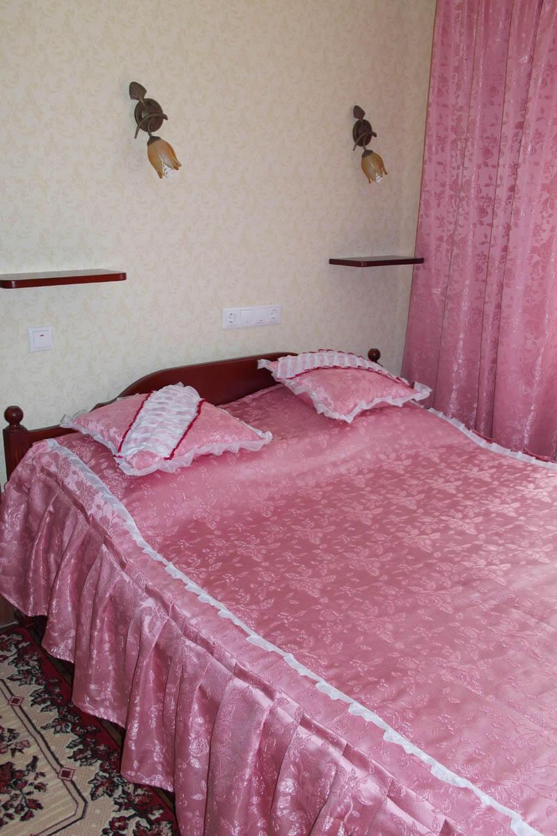 Номер Дом Шевченка Фото - Спальня.