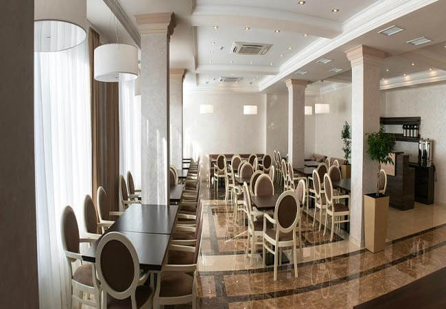 Отель Green Park Трускавец - Столовая.