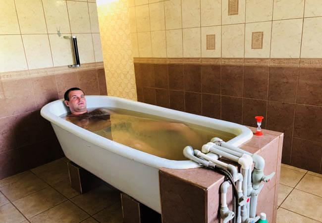 Санаторий Червона Калина - лечебная ванна.