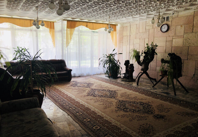 Санаторий Моршинский Фото - Диван.