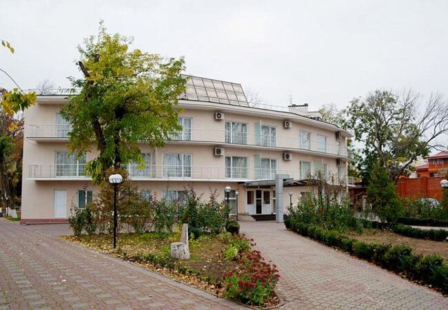 Санаторий Белая Акация - Клумба