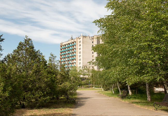 Санаторий Лазурный Бердянск - Главный корпус.