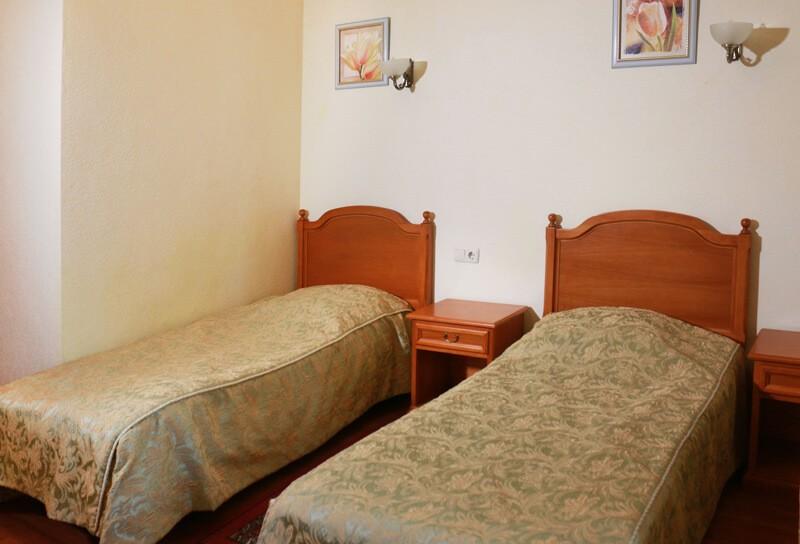 Конча Заспа Номер 2-местный Фото - Кровати