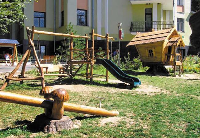 Санаторий Подоль Сатанов Фото - Детская площадка