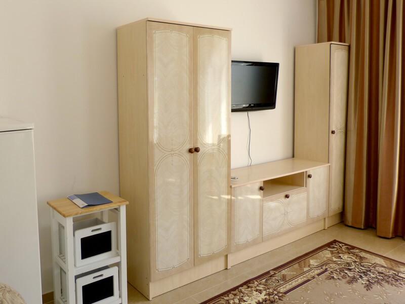 СанаторийЖемчужина Подолья Номер Люкс1 - Мебель