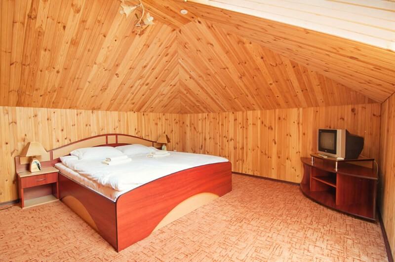 Отель Континент Номер ПолуLX мансард. - Спальня