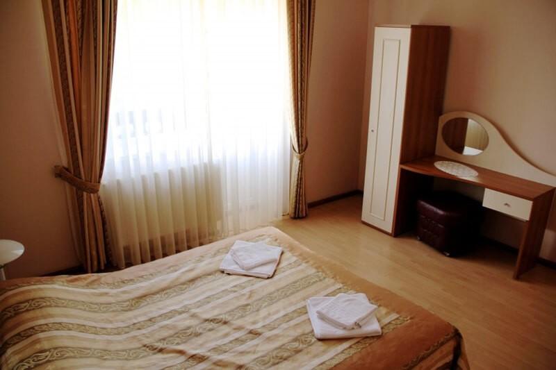 Отель Мараморош Номер СТ 3мест - Спальня