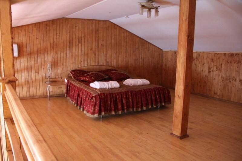 Отель Мараморош Номер Роял - Кровать