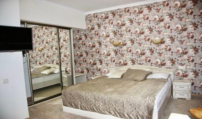 Мраморный Дворец Номер Люкс Премиум - Кровать
