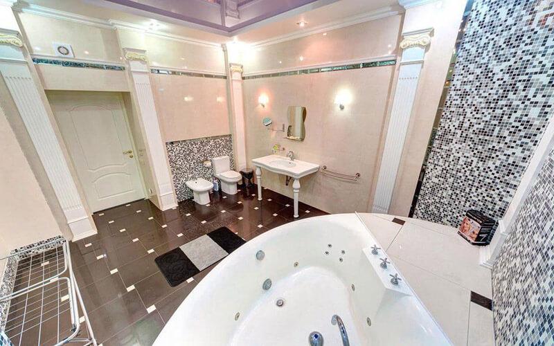 Мраморный Дворец Номер Люкс Премиум - Туалет