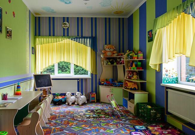 Отель Фантазия в Поляне - Детская комната